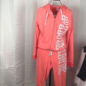 Victoria Secret Pink NWT sweatsuit Medium